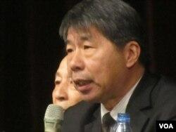 张亚中: 两岸统合学会理事长(美国之音张佩芝拍摄)