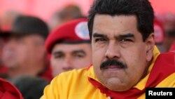 Maduro no viajará a Uruguay el domingo.