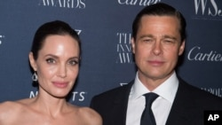 Angelina Jolie dan Brad Pitt, 4 November 2015. (Foto: dok.)