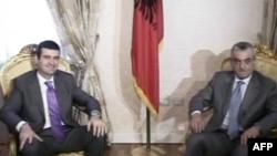 Në Tiranë përfundon takimi mes shumicës dhe opozitës për zgjidhjen e ngërçit politik