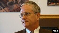 安德魯史考貝爾 蘭德公司資深軍事安全專家