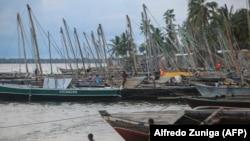 Cabo Delgado, porto de pesca de Paquitequete perto de Pemba