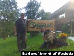 Орест Дель Соль із дружиною Йоланою на своїй фермі