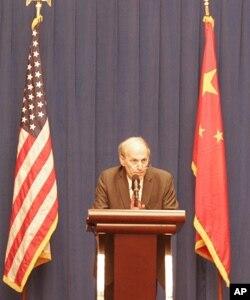 白宫国家安全委员会亚洲事务主任杰夫里•贝德