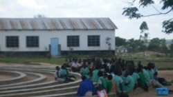 ZimPlus: Chaos in Zimbabwe Schools; Civil Servants Cry Foul Over UnPaid Bonuses, Tuesday, January 11, 2016