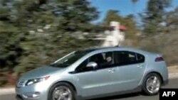 通用汽车研发的油电混合动力车雪佛兰Volt