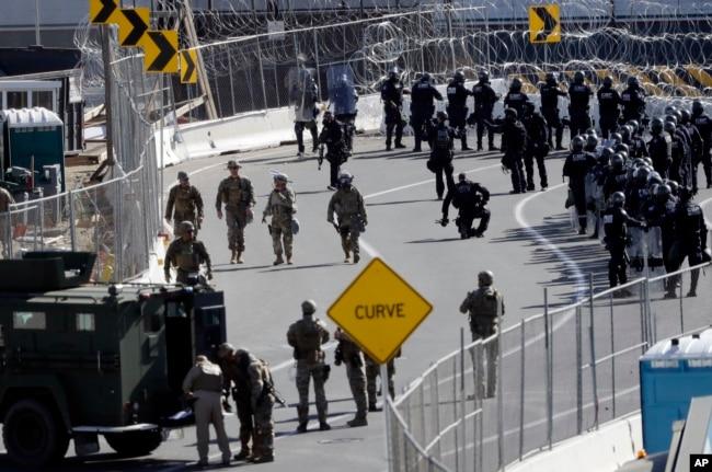 Estados Unidos desplegó a miles de soldados en la frontera con México para hacer frente a las caravanas de migrantes centroamericanos desde noviembre.