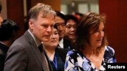 북한에 억류됐다 사망한 미국인 대학생 오토 웜비어 군의 부모인 프레드 웜비어, 신디 웜비어 씨가 지난 5월 뉴욕 유엔본부에서 열린 북한인권 토론회에 참석했다.