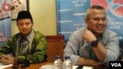 Komisioner KPU Pusat Arief Budiman (kanan) dalam acara diskusi Pilkada di Jakarta (foto: ilustrasi).