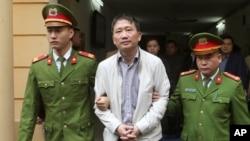 Ông Trịnh Xuân Thanh bị đưa ra tòa án Hà Nội xét xử vào ngày 22/1/2018.