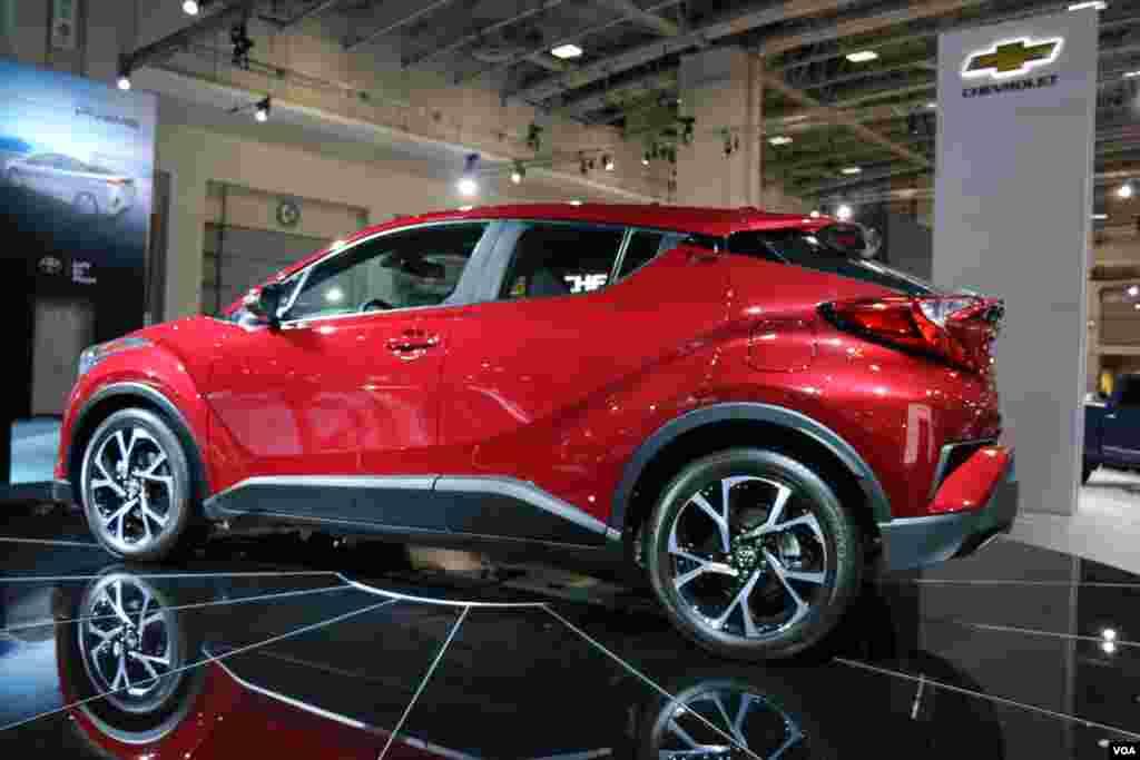 نمایشگاه اتومبیل واشنگتن تویوتا Model: C-HR Concept