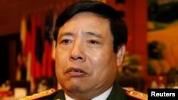 Bộ trưởng Quốc phòng Việt Nam Phùng Quang Thanh nói Nhà nước Hồi Giáo thật sự là một hiểm họa và rằng Hà Nội không công nhận tổ chức khủng bố này.