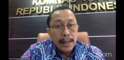 Ketua Komnas HAM, Ahmad Taufan Damanik, saat menanggapi terkait extra judicial killing, Minggu 21 Februari 2021. (Foto: VOA/Anugrah)