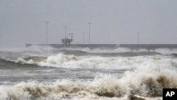 Korpus Kristi, Teksas, uoči dolaska uragana Hana, 25. jul 2020 (Foto: Courtney Sacco/Corpus Christi Caller-Times via AP)