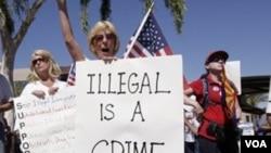 La ley anti-inmigrante en Arizona impulsó a muchas pequeñas comunidades a adoptar medidas similares.
