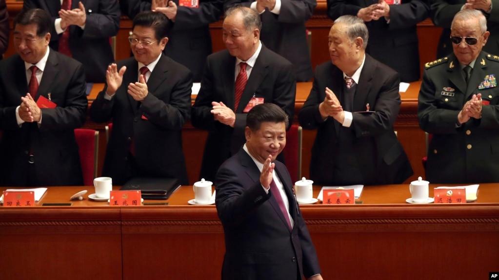 """""""習近平新時代中國特色社會主義思想""""寫入黨章,成為中共行動指南"""