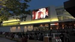 Outdoor Movies Gain Popularity in US