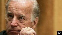 Le vice-président américain fait une visite impromptue en Irak