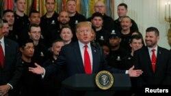 """El presidente Donald Trump calificó de """"fraude"""" la investigación del fiscal especial Robert Mueller, tras su divulgación el jueves, 18 de abril de 2019."""