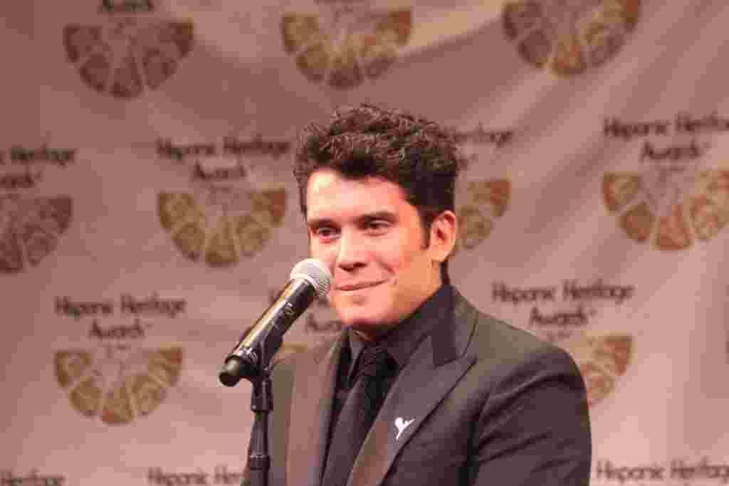 Gustavo Galindo, Premios a la Herencia Hispana.