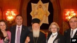 Ο Πατριάρχης Βαρθολομαίος με την αντιπροσωπεία της ΑΧΕΠΑ