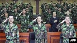 Tham mưu trưởng mới của lục quân Nam Triều Tiên, Đại tướng Kim Sang-ki (giữa) nói rằng năm mới này sẽ chứng kiến sự trở lại của các đơn vị sẵn sàng tác chiến