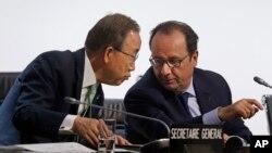 Le président français François Hollande et le secretaire général de l'ONU, Ban Ki-moon