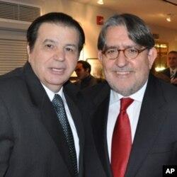 ΥφΥΠΕΞ Δημ. Δόλλης (δεξιά) με τον Γιώργο Μπίστη