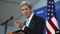 Menlu AS John Kerry hari Senin (5/5) menyerukan perundingan dalam upaya mencapai perdamaian di Sudan Selatan.