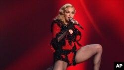 """Madonna estará de gira para promover su nuevo álbum """"Rebel Heart"""" hasta marzo de 2016."""