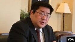 傳統基金會軍事專家成斌(美國之音鍾辰芳拍攝)