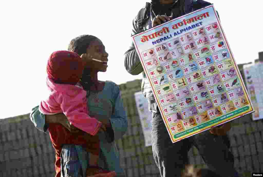 ۔ نیپال کے نوجوانوں کے گروپ پر مشتمل ایک غیر منافع بخش تنظیم ''گھوتالو، نیپال'' نے یہ مہم شروع ہے