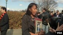 帕米拉.波斯利的兒子死於槍擊案
