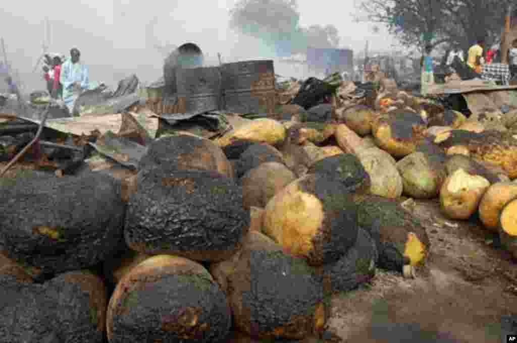 Farm produce are seen with burnt patches after a blast at Gomboru local market on Monday, in Nigeria's northern city Maiduguri February 7, 2012.