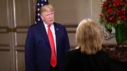 Cộng tác viên VOA Greta Van Susteren phỏng vấn Tổng thống Donald Trump ở Buenos Aires, Argentina, ngày 30 tháng 11, 2018.