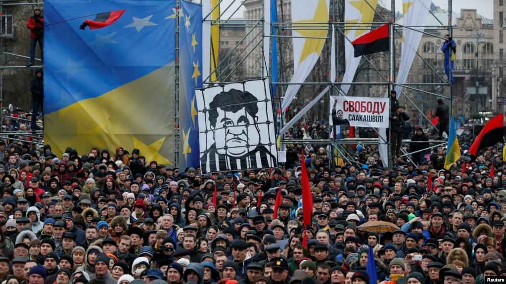 Ukrainë: Mijëra vetë protestojnë duke kërkuar lirimin e Saakashvilit