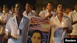 مسز سیلڈانہ کی یاد میں بھارتی شہر بنگلور میں نرسنگ کی طالبات نے دعائیہ تقریب منعقد کی