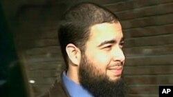 Internetdagi suhbatlarda Tariq Mehanna jihodga hissa qo'shish haqida qayta-qayta to'xtalgan