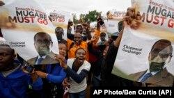 Người biểu tình đòi ông Mugabe từ chức hôm 18/11.