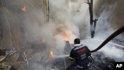黎巴嫩汽車爆炸案現場