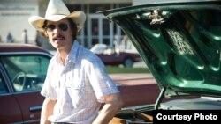 """Salah satu imej dalam """"Dallas Buyers Club"""", film yang berhasil meraih enam nominasi di ajang Oscars 2014."""