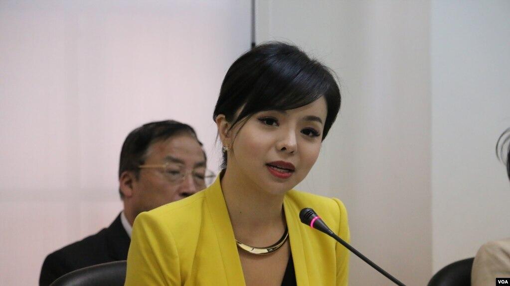 中国使馆干预加拿大小姐参加英国校园辩论