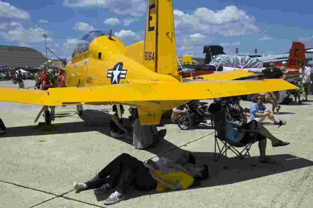 هواپیمای آموزشی تی – ۶ T-6 Texan II