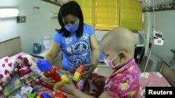 Ilustracija - Dete obolelo od kancera