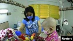 Los tipos más comunes de cáncer infantil son las leucemias y de cerebro y del sistema nervioso central.