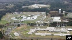 Jonathan Pollard était retenu au complexe fédéral correctionnel de Butner, en Caroline du Nord. (AP Photo/Gerry Broome)