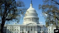미국 수도 워싱턴의 의회 건물. (자료사진)