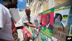 Foto sou kanpay elektoral ann Ayiti. AP/Dieu Nalio Chery.