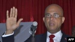 Ông Michel Martelly tuyên thệ nhậm chức tổng thống tại của Quốc hội Haiti