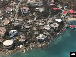 ຄວາມເສຍຫາຍຈາກເຮີຣິເຄນ Irma ທີ່ເກາະ Virgin Gorda's Leverick Bay.